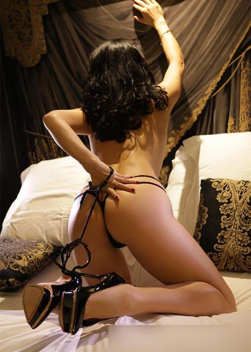 escort milf, milf escort, milf paris, escort mature, milf escort agency