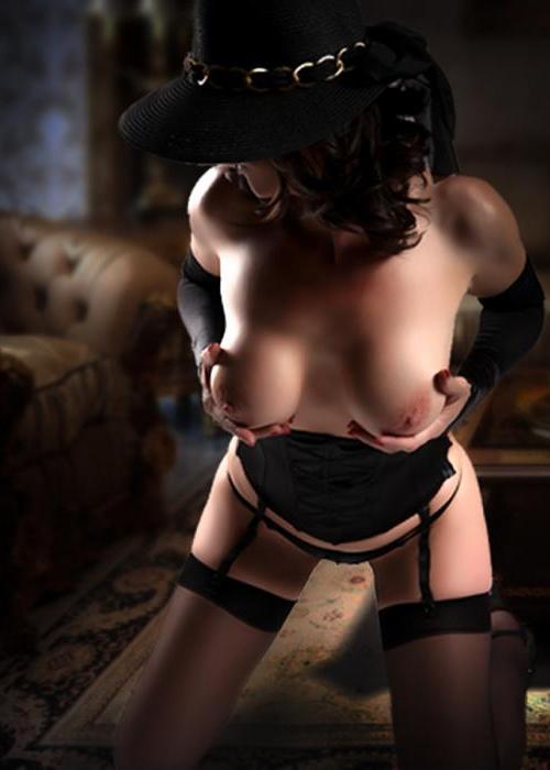 Serena | Agence escort Genève Dreams High escort agency, escort geneve, suisse escort, montreux, escort milf lausanne