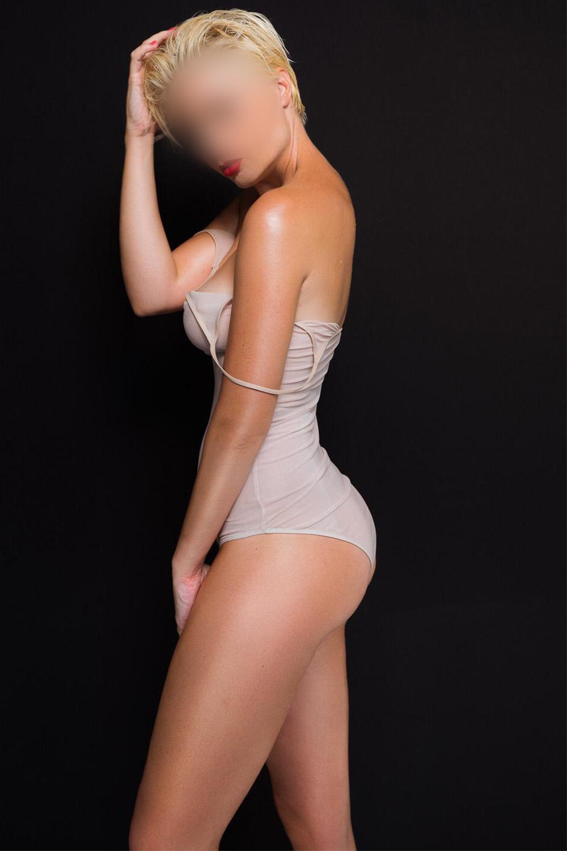 adelina-monaco-escort-service-vip-nyon-verbier-escortes-agency.jpg