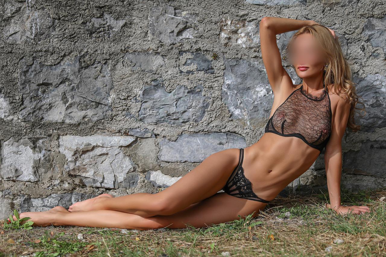 greta-zurich-escort-girl-paris-london-agency.jpg