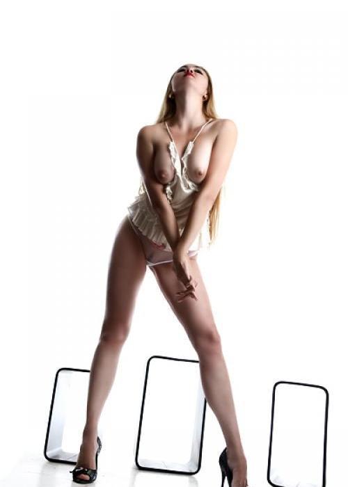 Gabrielle | High escort agency, escort geneve, escort montreux, escorte lausanne, escorte girl