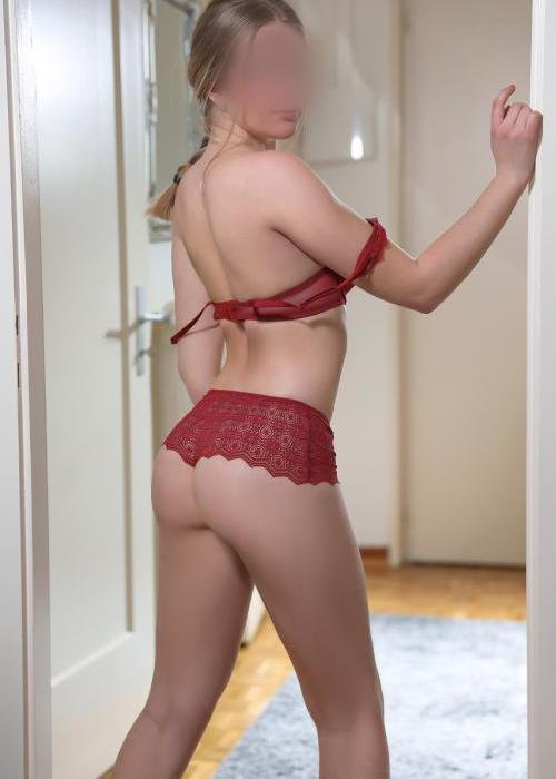 Iris | jeune escorte de luxe, escort girl, escort monaco, Dreams agency, sexy