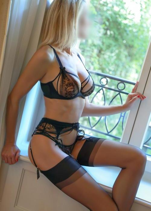 Julie | superbe escorte de luxe, sexy escort girl, Dreams agency, escort geneve