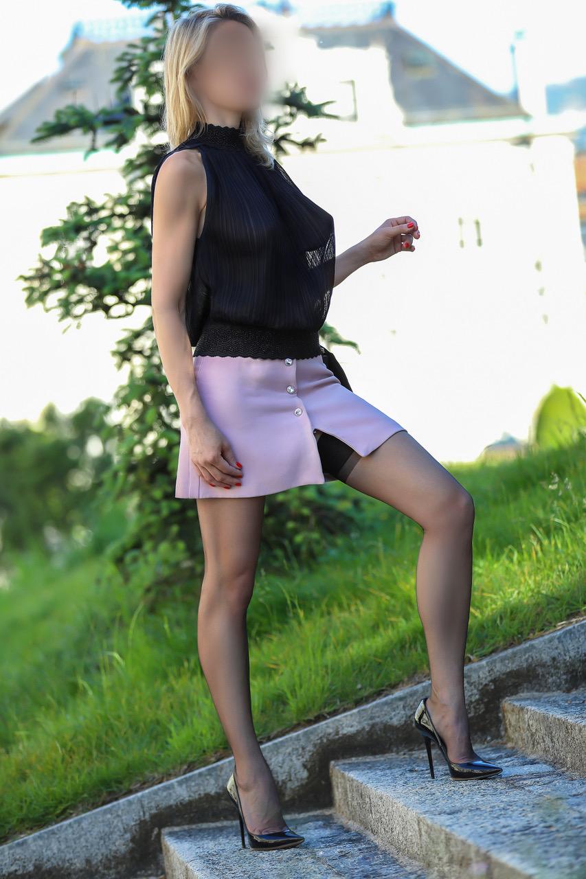 julie-vip-escorte-paris-monaco-agence-geneve-vip.jpg