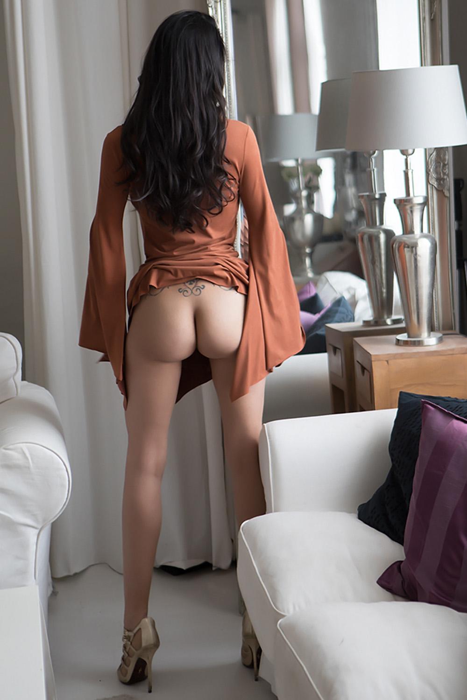 lou-escort-neuchatel-vevey-lausanne-agence-geneva.jpg