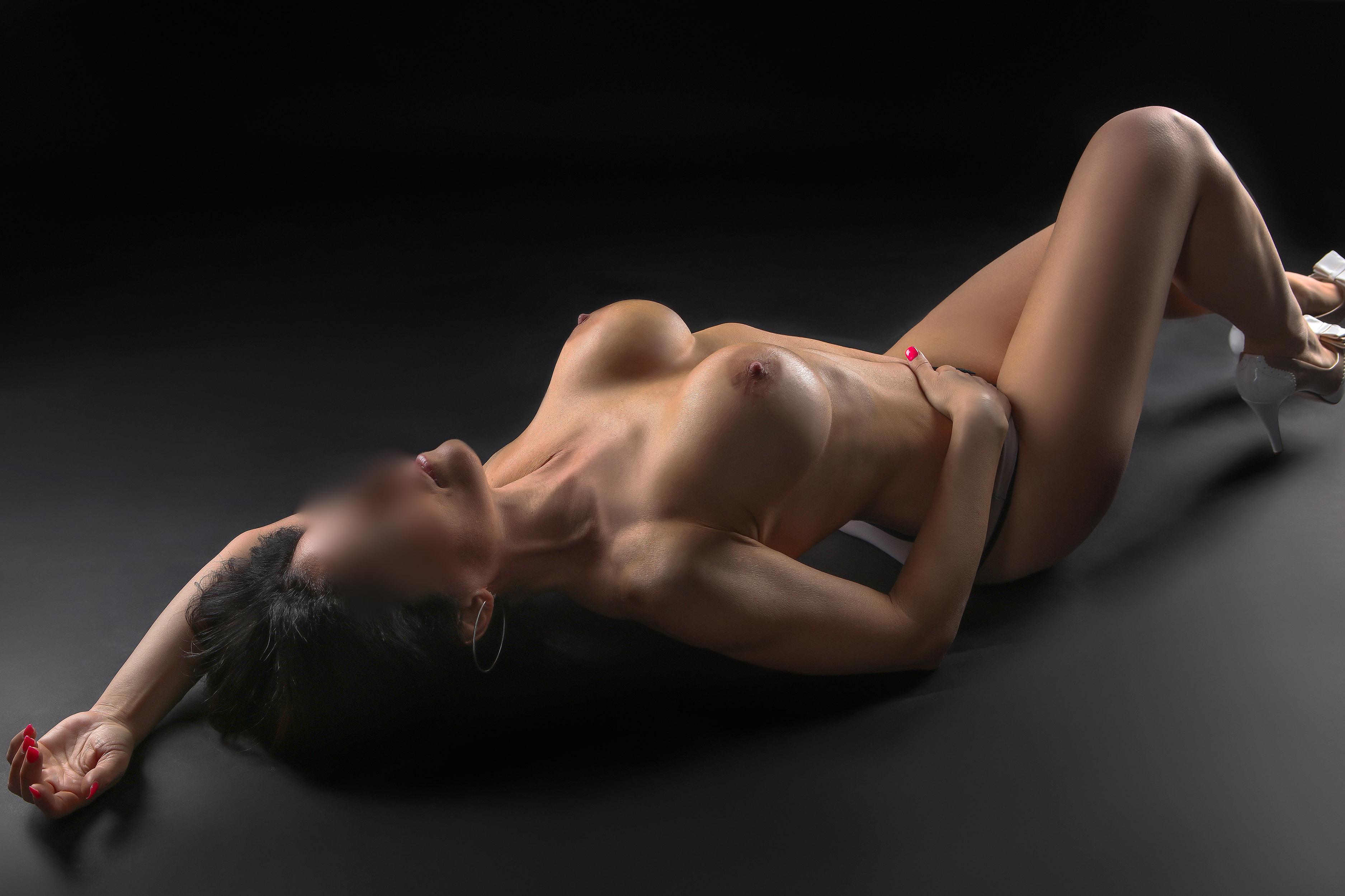 milena-05-escorte-girl-monaco-suisse-geneva-agence.jpg