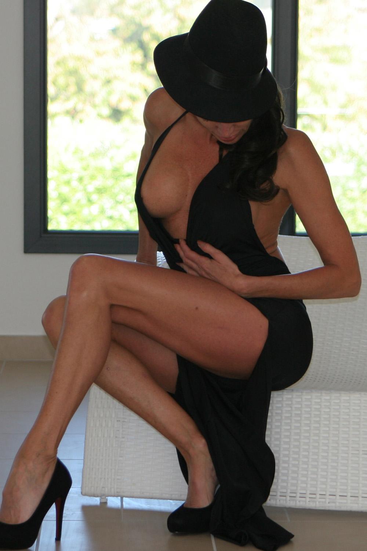 monalisa-neuchatel-escort-girl-milf-agency-suisse.jpg