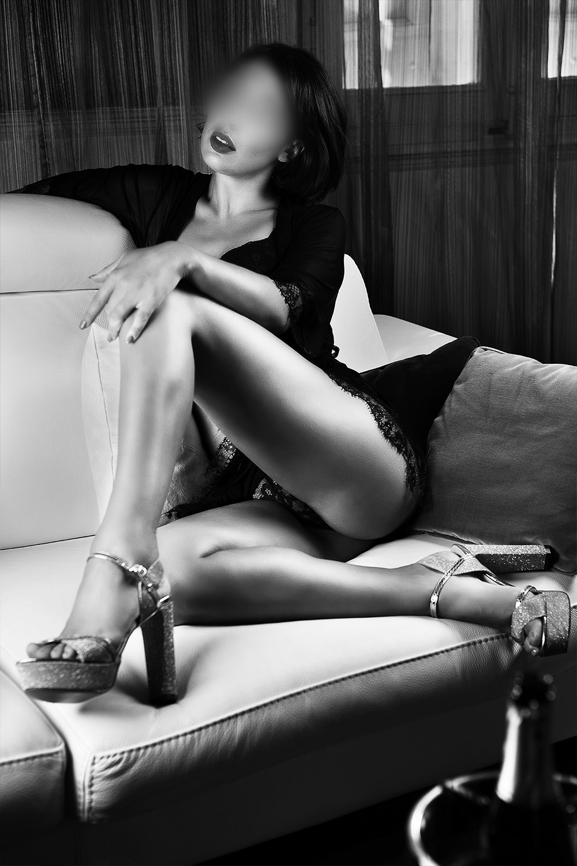 rita-2.escort-girl-berne-agence-geneve.jpg