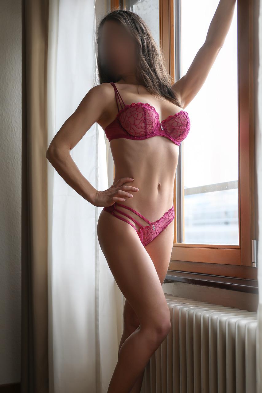 roxanne-escorte-agency-madrid-london-luxe-escort-geneva-suisse.jpg