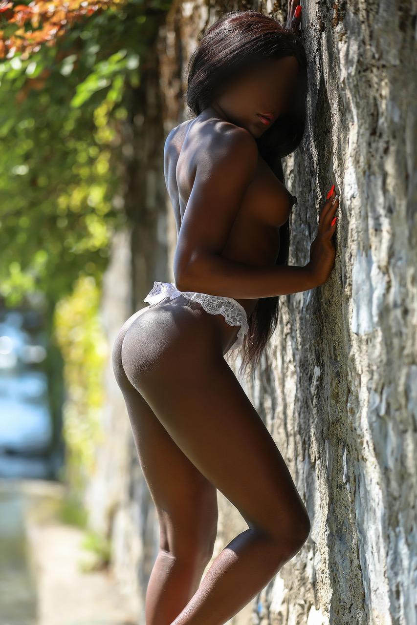 sabrina-escort-vip-suisse-monaco-international-agency-swiss.jpg