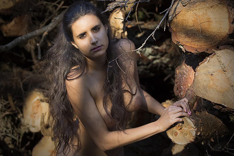 stella-escorte-girl-vip-paris-londres-swiss-agence-lausanne-2.jpg