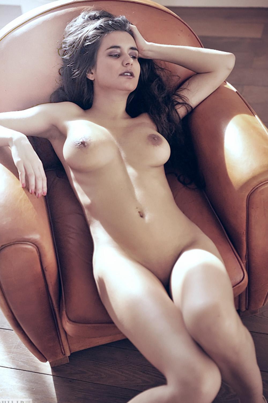 stella-escorte-milano-girl-suisse-paris-londres-swiss-agence-lausanne-3.jpg
